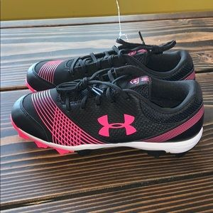 Woman baseball/softball shoes
